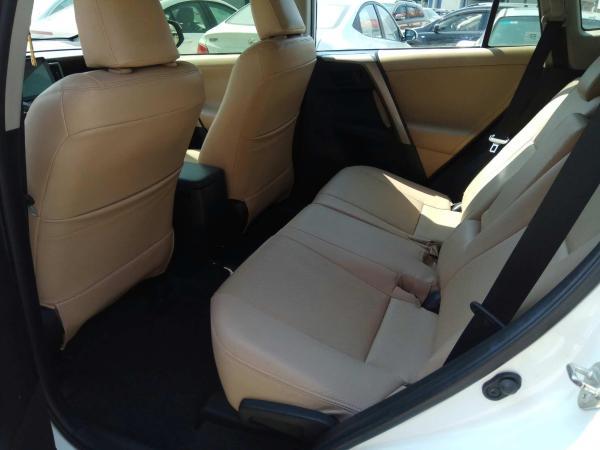 丰田 RAV4  2.0 两驱都市版图片