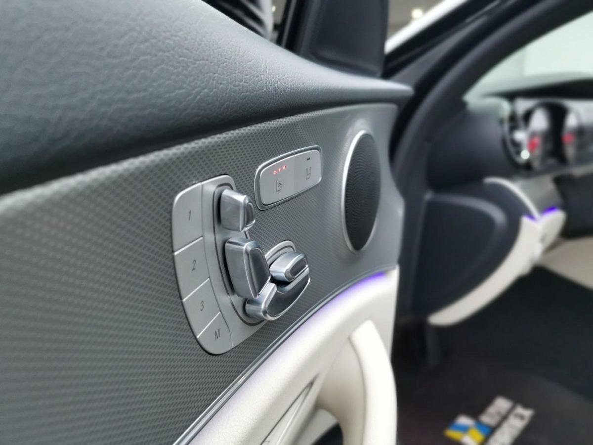 奔驰 奔驰E级  2017款 E 300 运动型图片