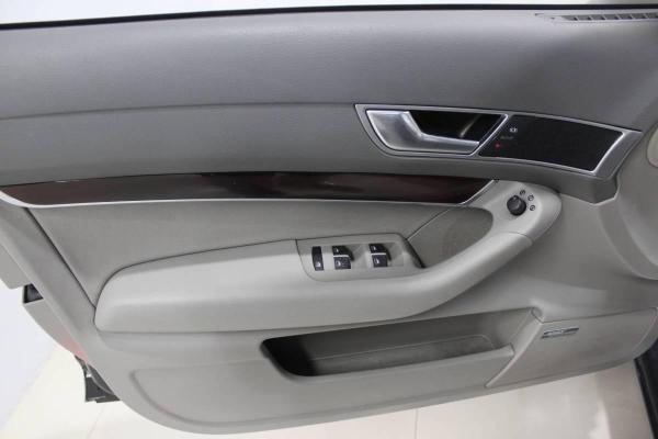 奥迪 奥迪A6  A6 3.2L舒适娱乐型图片