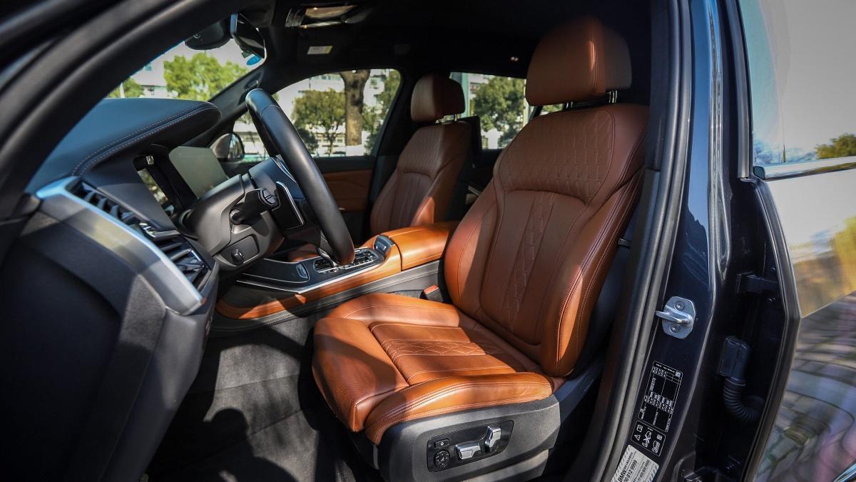 宝马 宝马X7  2019款  xDrive40i 行政型M运动套装图片