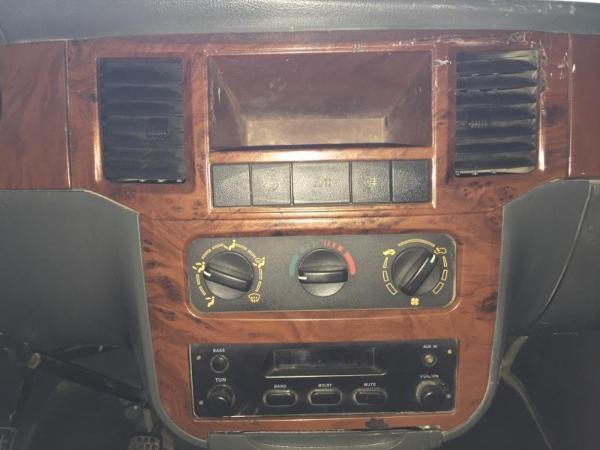 新五菱之光6390收音机接线图