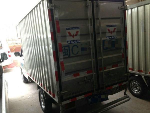 2年5月 二手五菱之光车头 单排厢式小货车 2012款 1.0L 手动 价格3.2高清图片