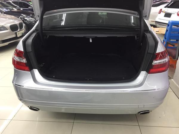 奔驰 E级  E300L 3.0 优雅型图片