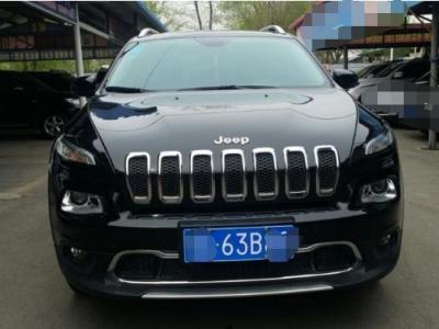 Jeep 自由光  2.4L 卓越版图片