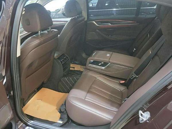 宝马 宝马5系  530Li 2.0T 领先型 豪华套装图片