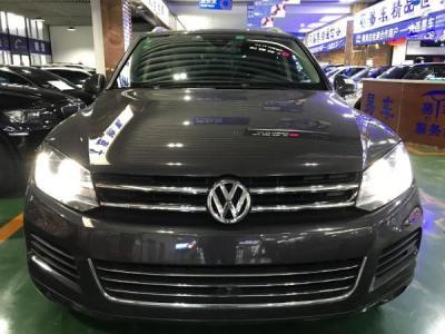 2010年9月 大众 途锐 3.0T 豪华型 汽油版图片