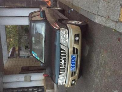 江铃 宝典 2.8T 两驱柴油豪华时尚版图片