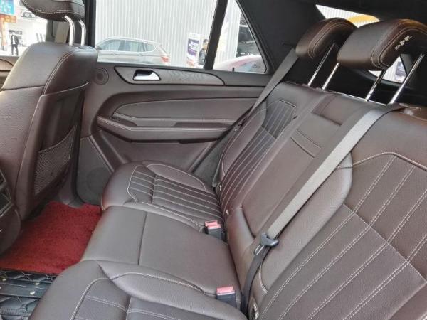 奔驰 GLE  GLE400 4MATIC 3.0T图片