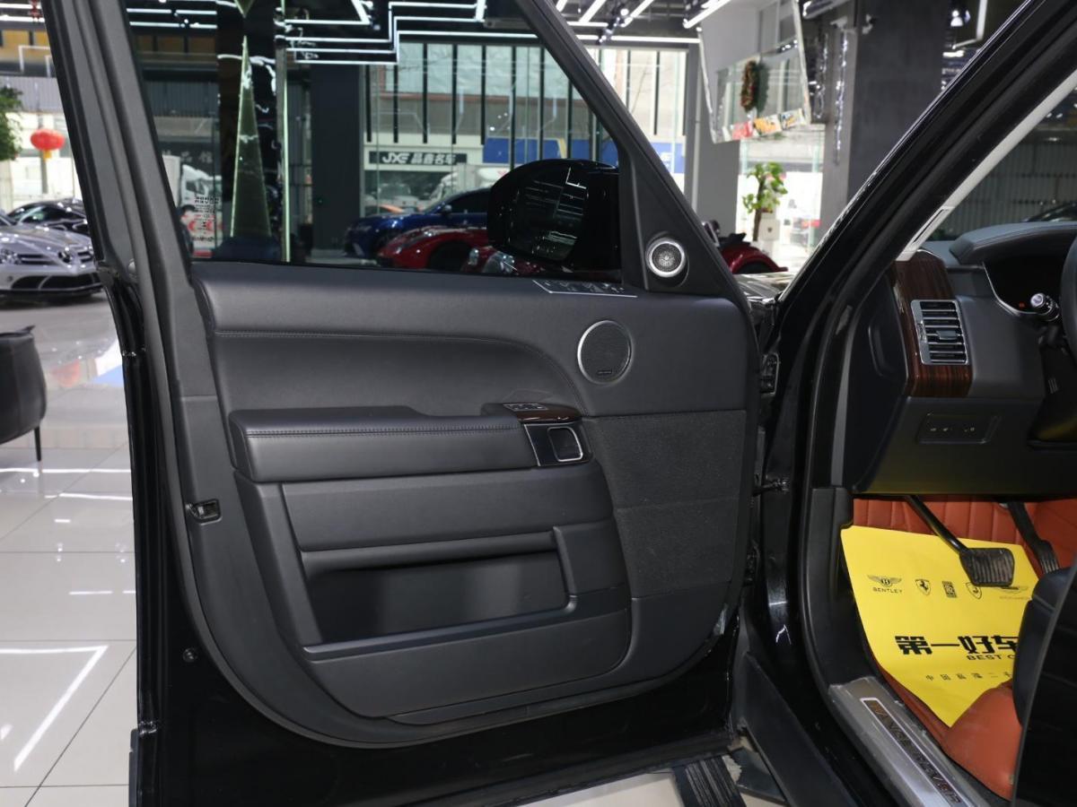 路虎 揽胜行政版  2017款 3.0T SC Vogue 加长版 汽油型图片