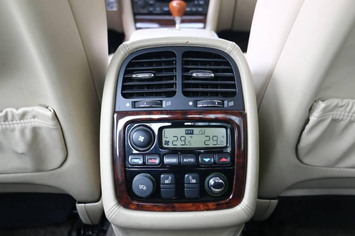捷豹 XJ  2005款 XJ6L 3.0图片