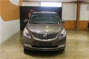 2013年4月 别克 GL8 豪华商务车 3.0 XT旗舰版