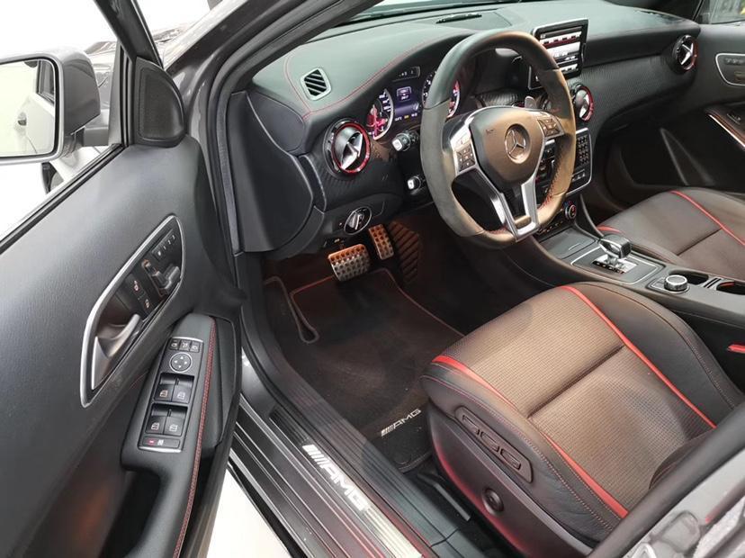 奔驰 奔驰A级AMG  2014款 AMG A 45 4MATIC图片