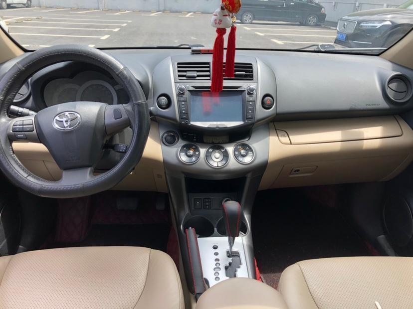 豐田 RAV4榮放  2013款 特享版 2.4L 自動四驅尊崇圖片