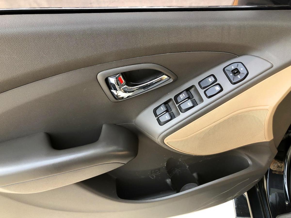 现代 ix35  2010款 2.0L 自动两驱新锐版GL图片