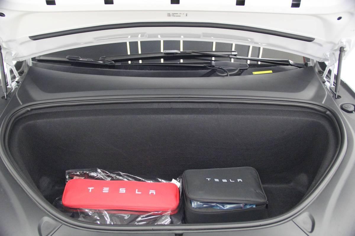 特斯拉 Model X  2017款 Model X 100D 长续航版图片