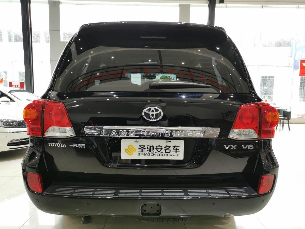 丰田 兰德酷路泽  2012款 4.0L 自动VX图片