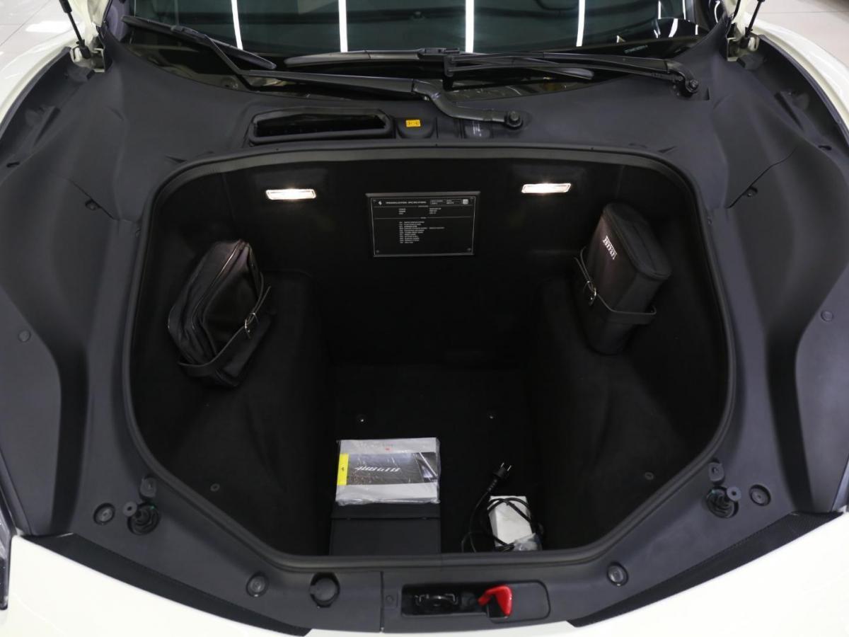 法拉利 488  2015款 488 GTB图片