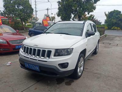 2014年6月 Jeep 指南者(进口) 改款 2.0L 两驱进取版图片