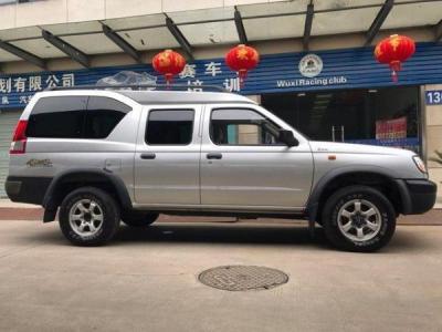 日产 帕拉骐  2.4 汽油 四驱双排高级型