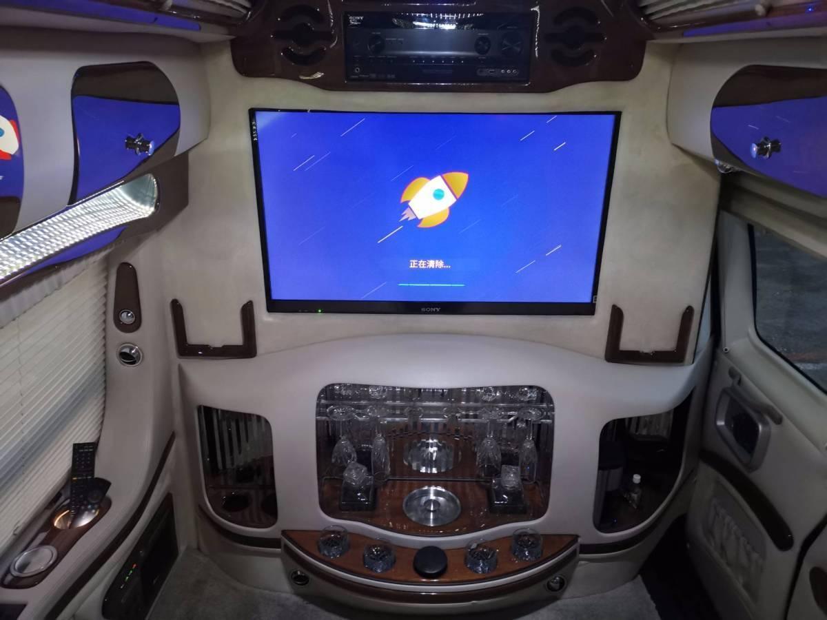 GMC SAVANA  2011款 6.0L 商务之星10座图片