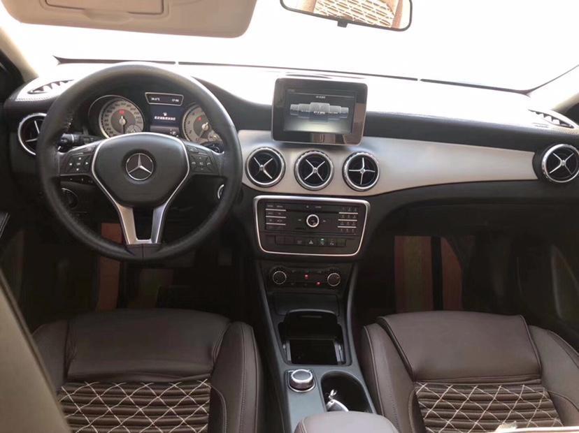 奔驰 奔驰GLA  2016款 GLA 200 动感型图片