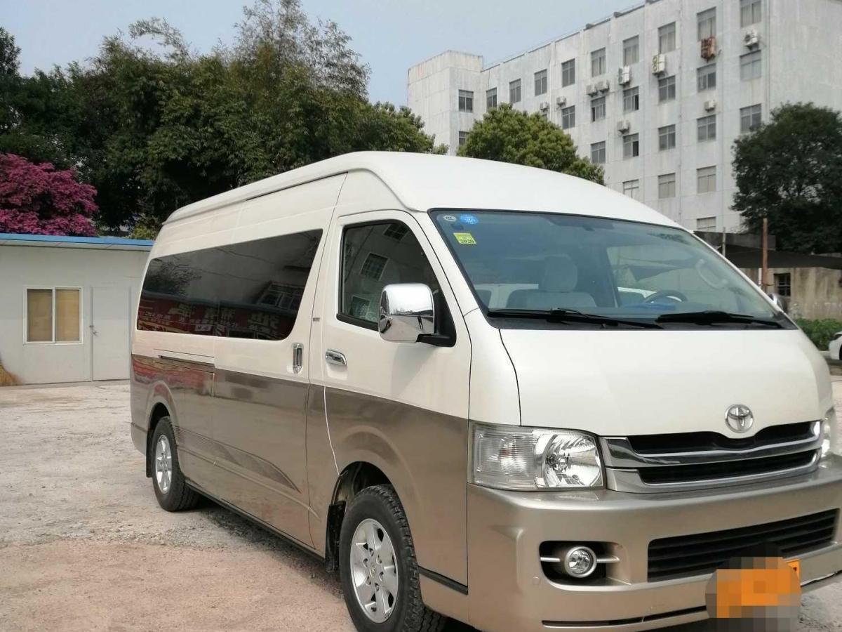 丰田 HIACE  2011款 2.7L自动标准版13座图片