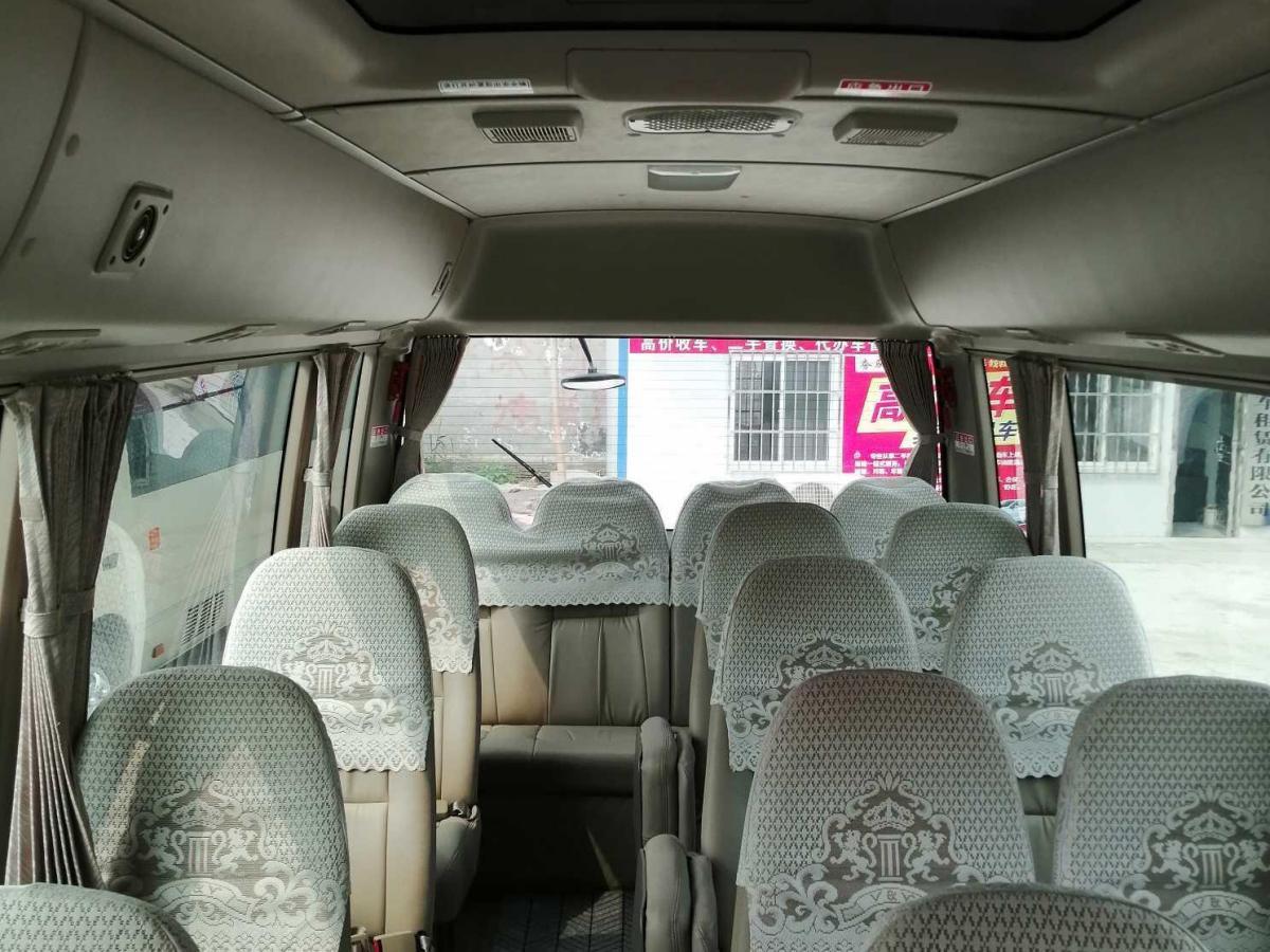 丰田 柯斯达  2015款 4.0L豪华车GRB53L-ZEMNK 23座无扶手图片