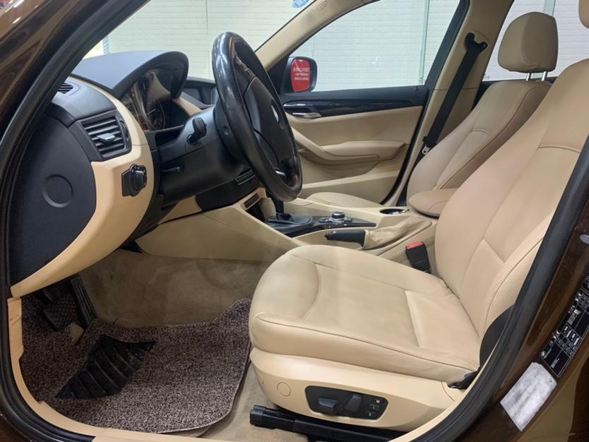 宝马 宝马X1  2010款 sDrive18i豪华型图片