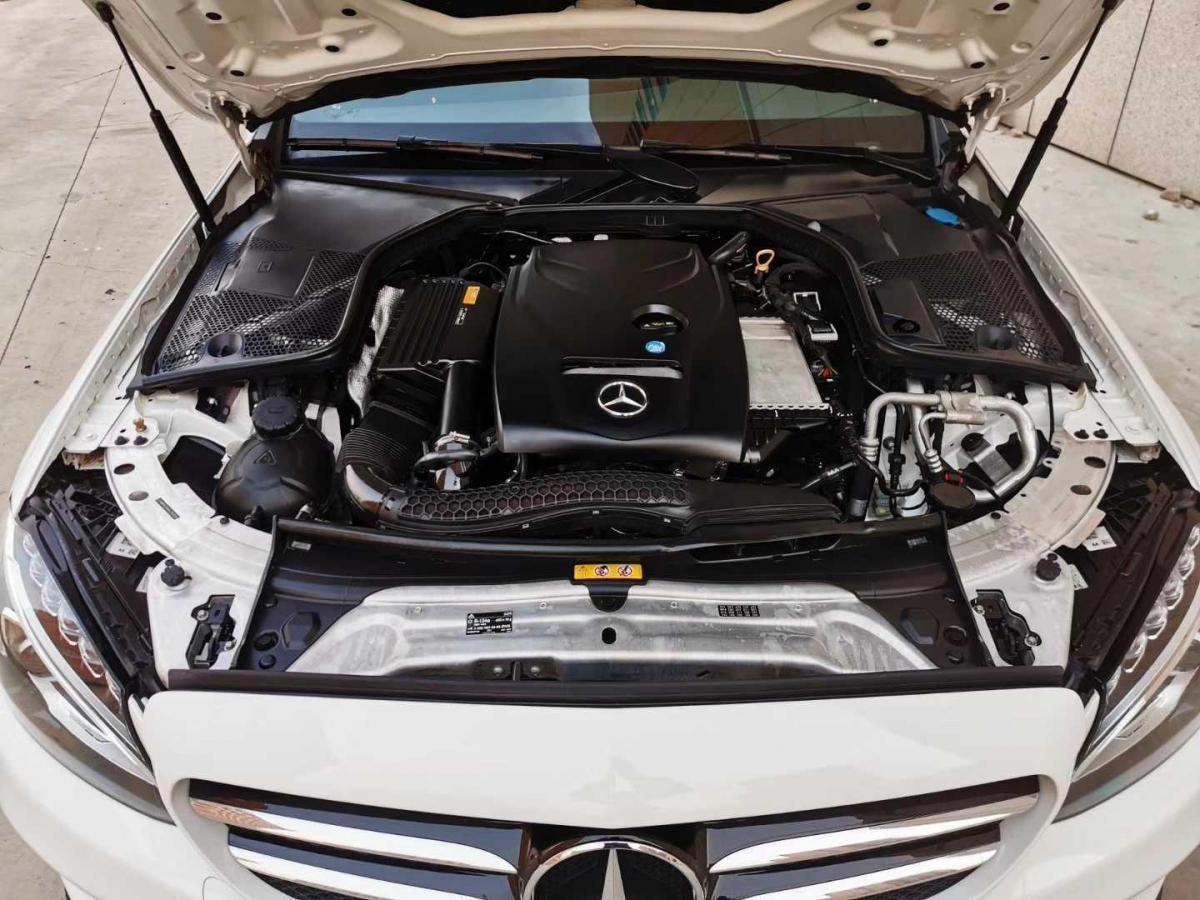 奔驰 奔驰C级  2017款 C 200 运动版图片