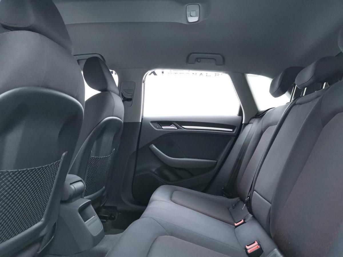 奥迪 奥迪A3  2018款 30周年年型 Sportback 35 TFSI 进取型图片