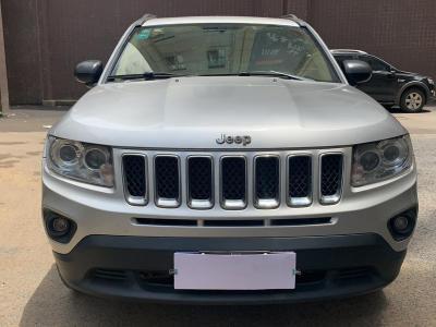 2011年12月 Jeep 指南者(进口) 2.4L 四驱经典版图片