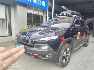 Jeep 自由光  2014款 2.4L 高性能版图片