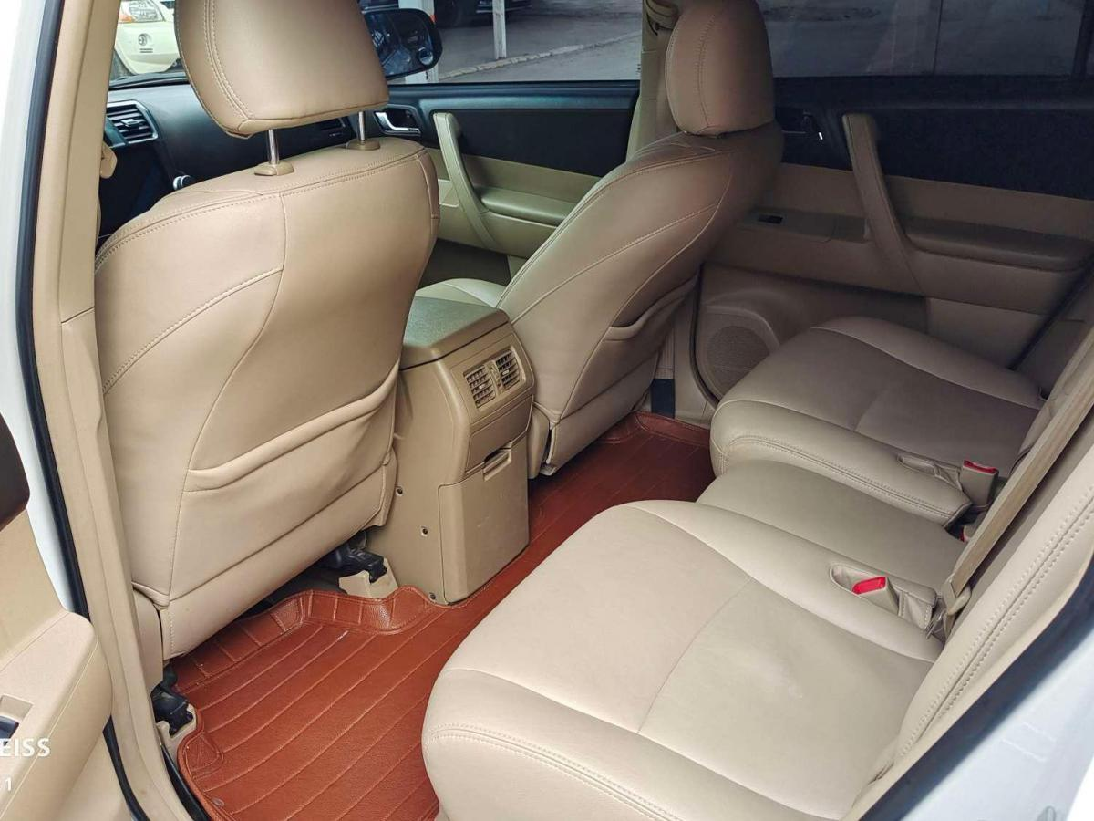 丰田 汉兰达  2013款 2.7L 两驱5座紫金版图片
