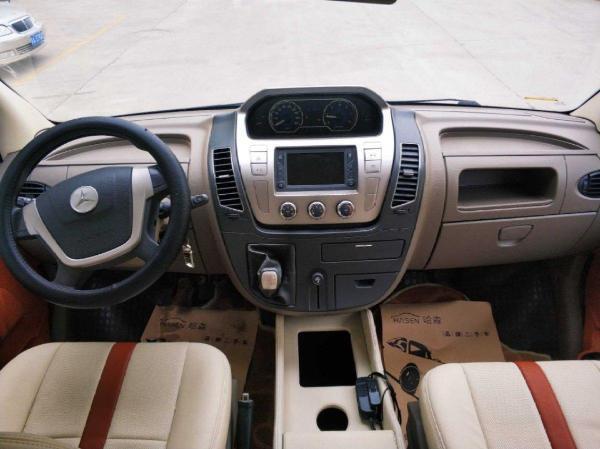 大通 V80  2.5T 适尊房车C型图片