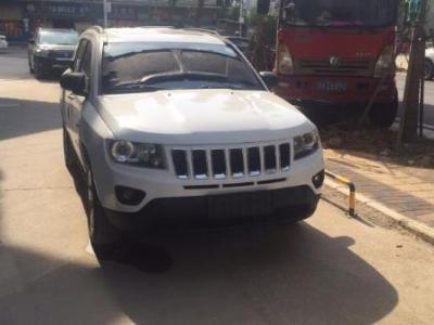 Jeep 指南者  2.0L 两驱都市版