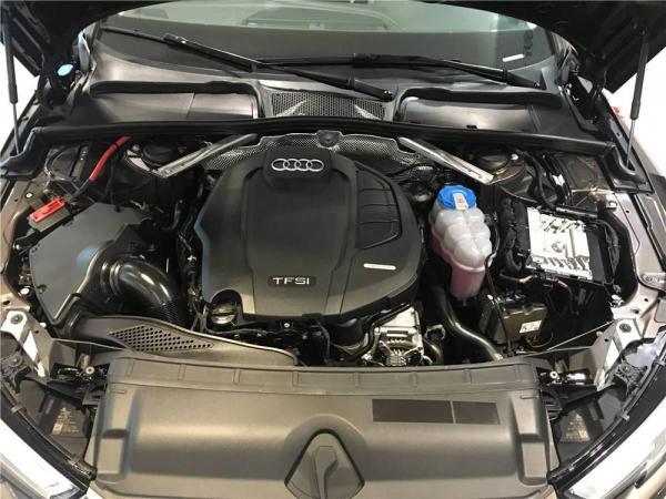 奥迪 奥迪A4L  A4L 45TFSI 四驱个性运动版图片