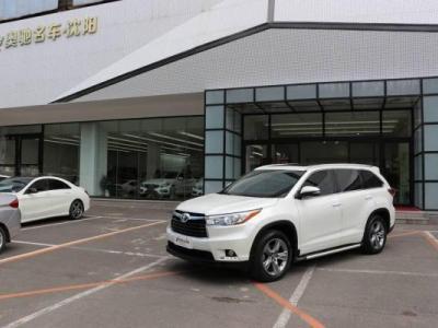 丰田 汉兰达  2.0T 四驱豪华版