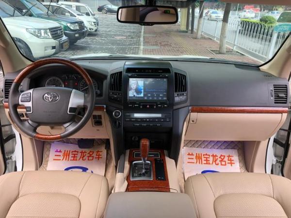 豐田 蘭德酷路澤  4.0 4000 中東限量版圖片