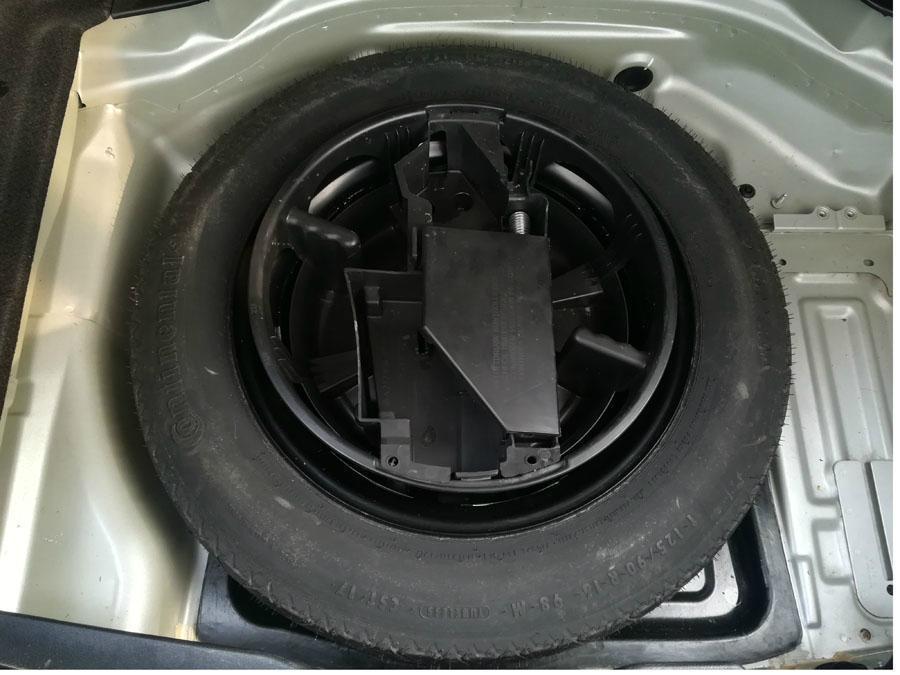 奔驰 奔驰C级  2011款 C200 CGI 1.8T 时尚型图片