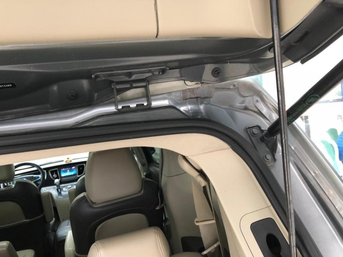 别克 GL8  2014款 3.0L XT豪华商务旗舰版图片