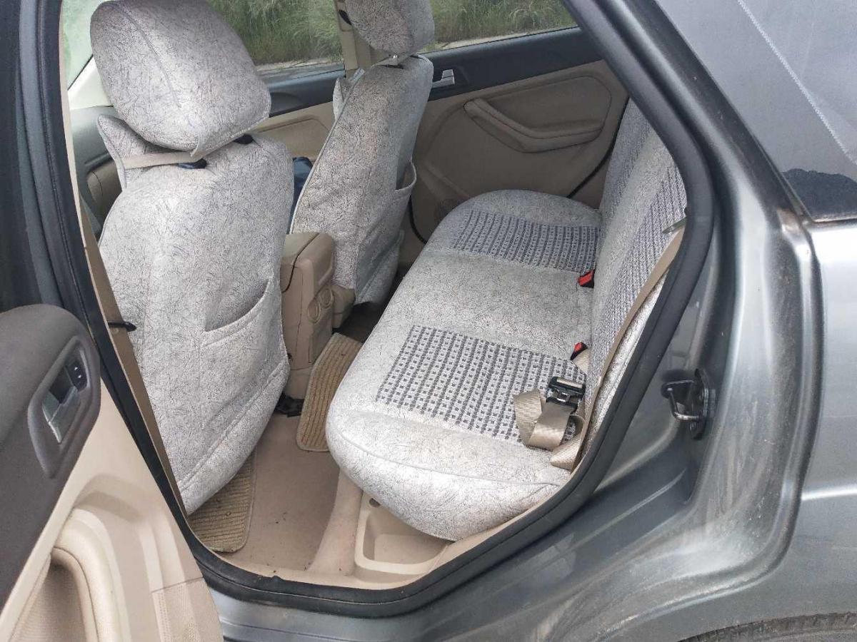福特 福克斯  2009款 三厢 1.8L 自动豪华型图片