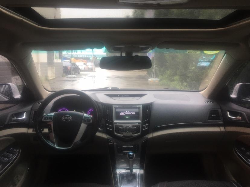 比亞迪 速銳  2012款 1.5TI DCT豪華型圖片