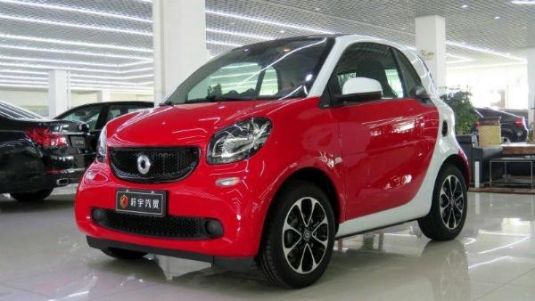 Smart Fortwo  Coupe 1.0 激情版