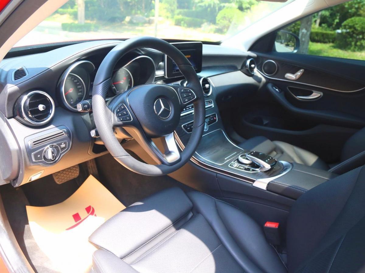 奔驰 奔驰C级  2017款 改款 C 180 L 时尚型图片