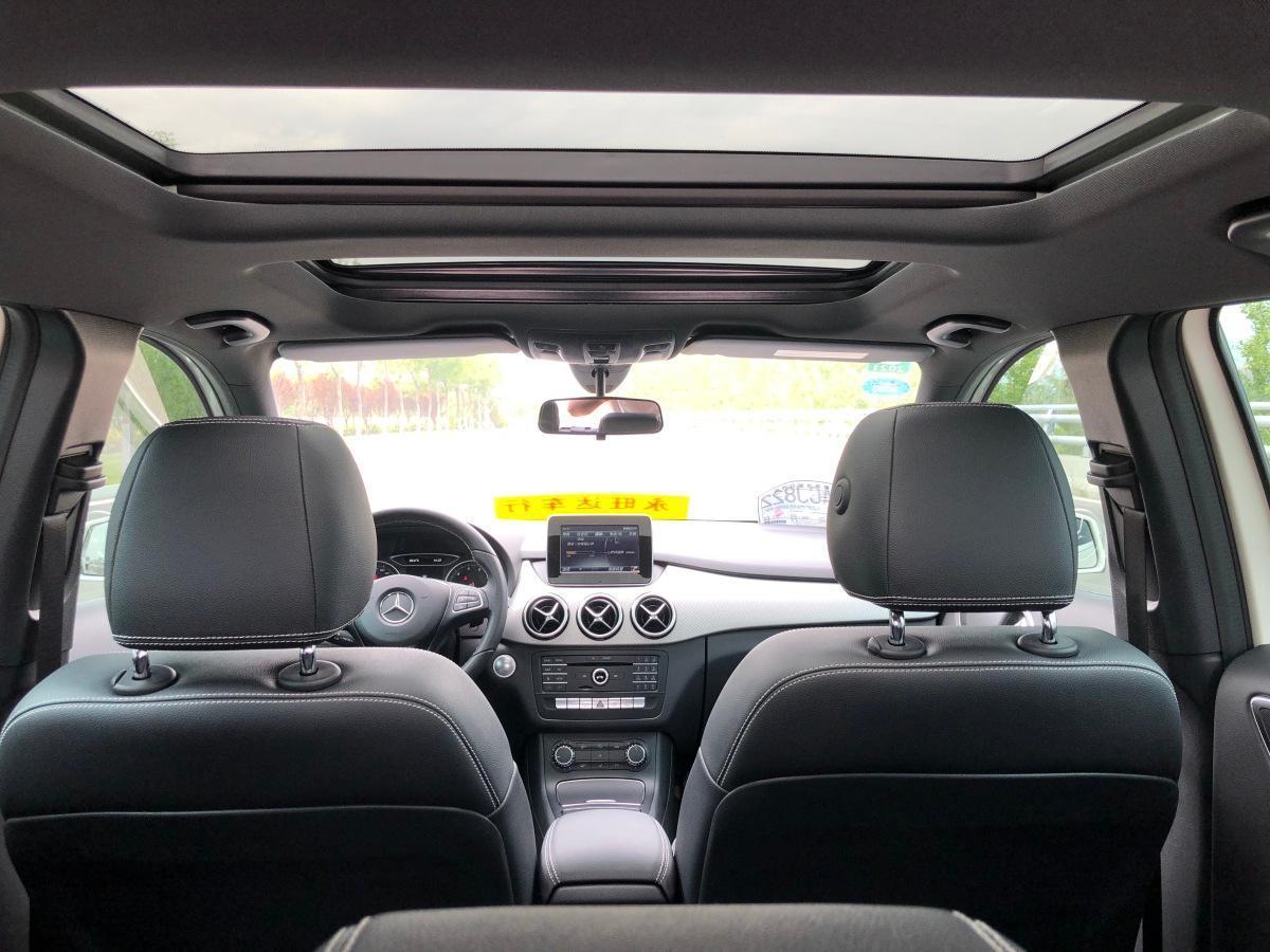 奔驰 奔驰B级  2017款 B 200 动感型图片