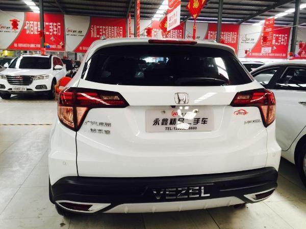【西安】2016年12月本田缤智1.8两驱豪华型一体手自牌子比亚迪l3原车白色是什么轮胎图片