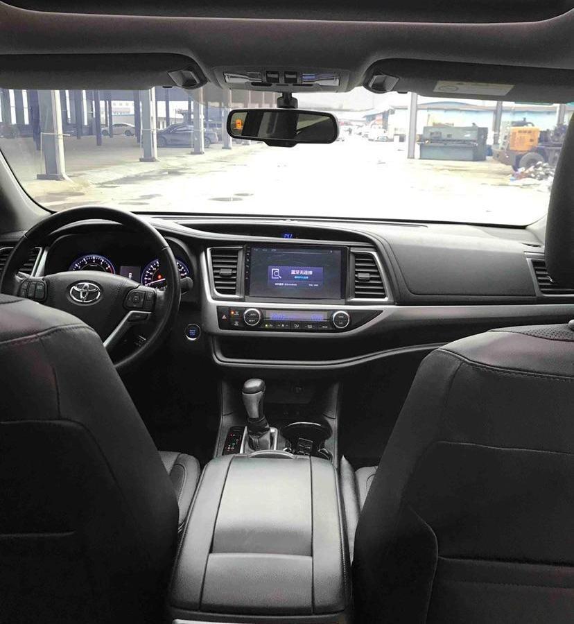 丰田 汉兰达  2017款 2.0T 四驱豪华导航版 7座图片