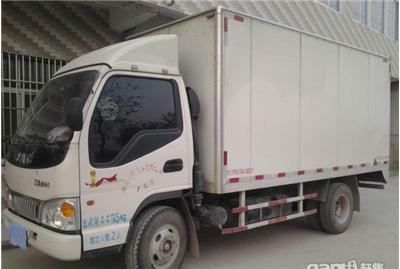 【杭州】2011年8月 东风 东风牌箱式货车 白色 手动挡