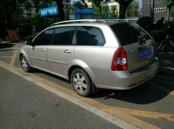 【南京】2006年7月 别克 凯越 旅行车 1.8 ls 豪华版 橙色 自动档
