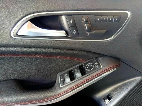 奔驰 GLA级 AMG  GLA45 AMG 4MATIC 2.0T图片